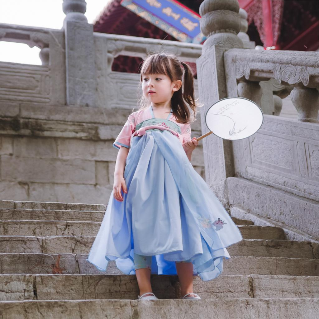2018 autumn traditional chinese dance costumes for girls ancient tang dynasty han ming hanfu dress child clothing folk dance summer dresses styles chinese cheongsams for girls traditional chinese dress for children tang suit baby costumes