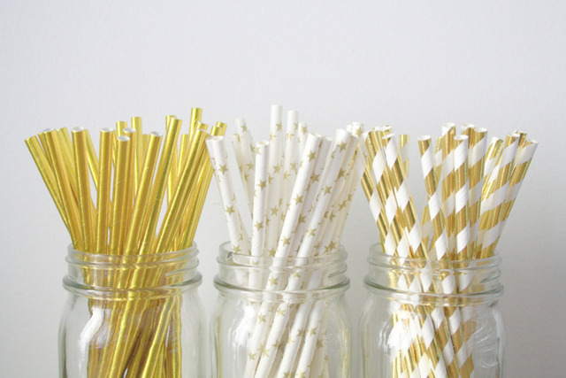 Paper Straws . Gold Foil Stars and Stripes . Gold Wedding / Baby shower decoration / mason jar buffet table / Anniversary