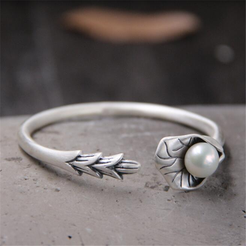 все цены на S999 Sterling Silver Jewelry Retro Thai Silver Bangle Female Lotus Leaf Petals With Shell Pearl Open Bracelet Bangle 23.60G
