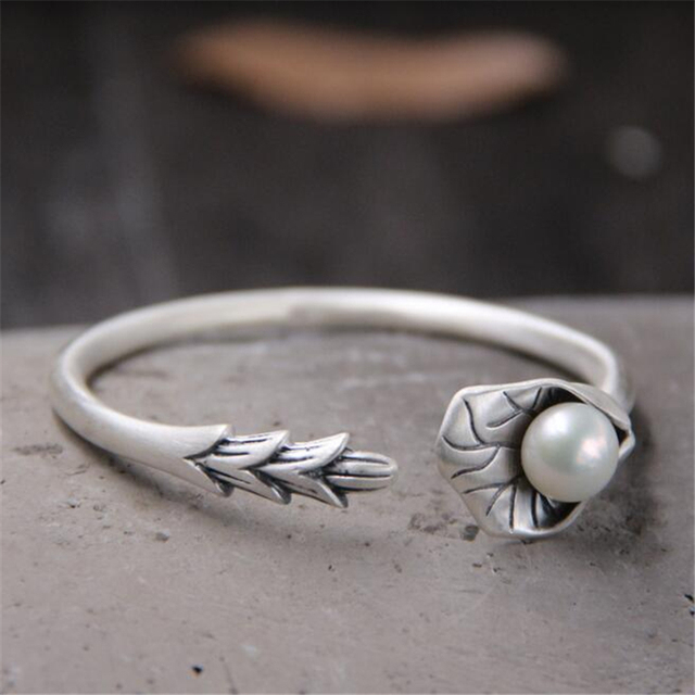 c47504596237d1 S999 Sterling Silver Jewelry Retro Thai Silver Bangle Female Lotus Leaf  Petals With Shell Pearl Open