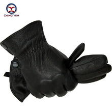 Фотография 2016 New Winter man imitate deer skin leather gloves male warm soft gloves black men mittens sheep hair lining with buttons
