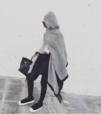 2018 Luxury Brand Women Cashmere Poncho Hood Wool Winter Women Scarf Knitted Oversize Cape Plaid Check Blanket Bufanda mujer