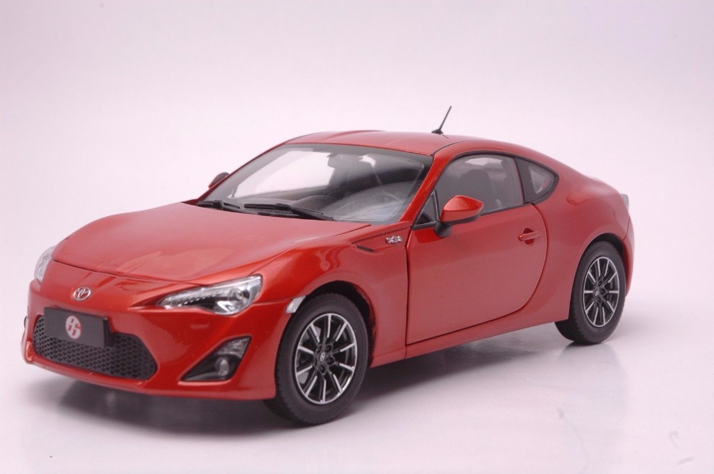 1:18 Diecast Model for Toyota GT86 Red Coupe Alloy Toy Car Miniature Collection Gift Pulsar 1 18 diecast model for toyota gt86 orange coupe suv alloy toy car collection gifts gt 86
