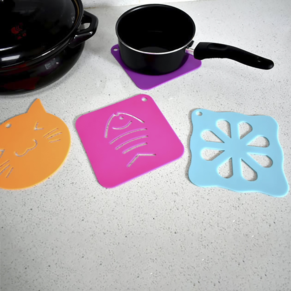 Letuzi Pot Silicone Cartoon Insulation Mat Teapot Insulation Pad Kitchen Accessories Tableware Dishes Cute Pad Table Tool Mats A Plastic Case Is Compartmentalized For Safe Storage Kitchen,dining & Bar