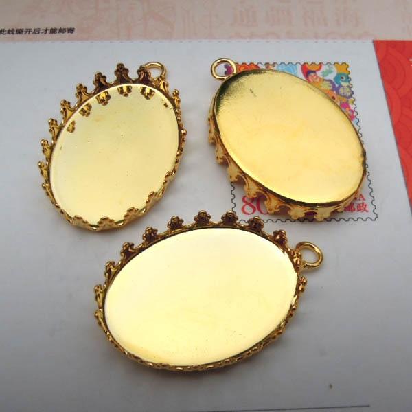 Пустая основа для подвесок овальная оправа в форме короны w/Петлевое соединение основы для настроек с золотистым покрытием Латунь кулон из кабошона самодельные результаты защелки