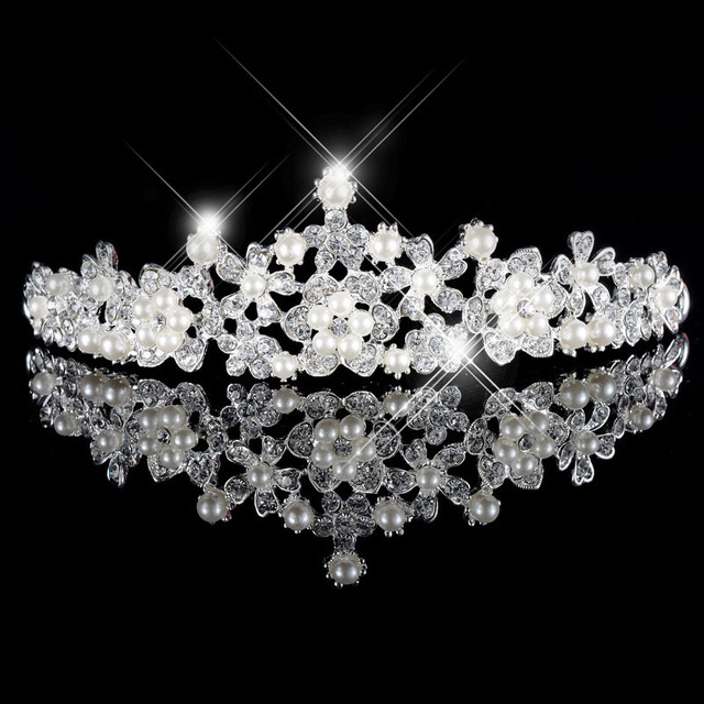 2018 New Exquisite Art Deco Wedding Tiara Rhinestones Headband Crystal  Bridal Crown Headpiece Pearls Wedding Hair accessories-in Hair Jewelry from  Jewelry ... 59b5023dcbf9