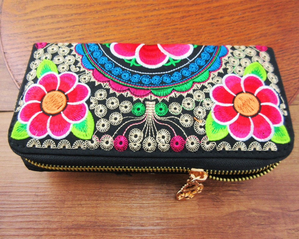 Vintage Hmong Thai Ethnic Wallet purse, Card Holder Bag, Hobo Hippie Ethnic handbag with embroidery, SYS-198N