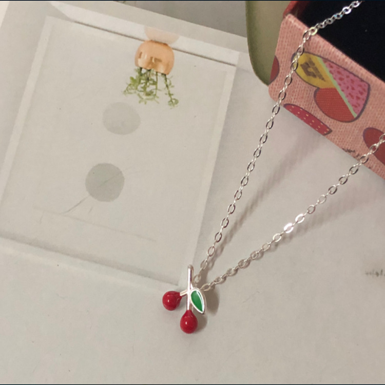 New 925 Silver Sweet Cherry Cute Necklace Simple Clavicle Accessories LW10New 925 Silver Sweet Cherry Cute Necklace Simple Clavicle Accessories LW10
