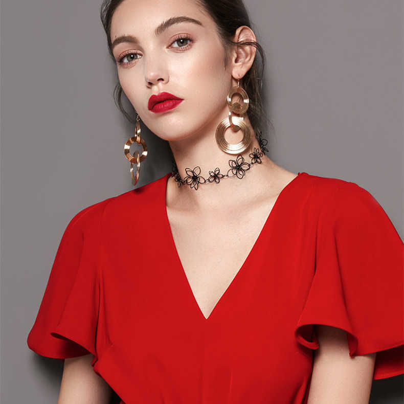 AOMU 2018 New Vintage Exaggerate Big Circle Dangle Earrings Matte Gold Drop Earrings For Women Long Earring Party Jewelry Brinco