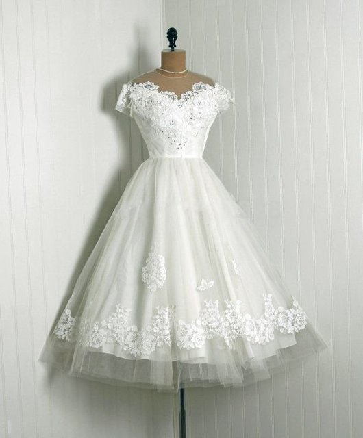 Vintage 1950 s Appliqued Spitze Brautkleider O Ausschnitt ...
