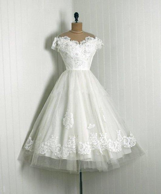 Vintage 1950s Appliqued Lace Wedding Dresses O Neckline Cap Sleeve ...