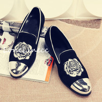 Gentleman Sliver Toe Embroidery Smoking Slipper Mens Fashion Loafers Shoes Italian Black Boat Flats Mocasines Hombre