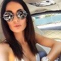 Nueva Europa/América Hombres Tendencia de La Moda Las Mujeres Imitar Gear Rivet gafas de Sol UV400 Gafas de sol de Diseñador de la Marca de Personalidad Calle Complemento