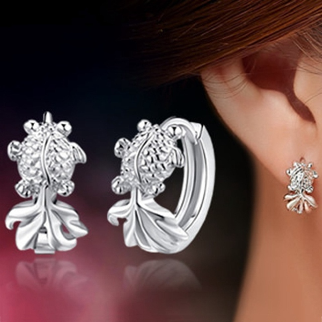 New Fashion Cute Small Goldfish Silver Color Stud Earrings Fish Ear Buckle Earring For Women Jewelry Gift