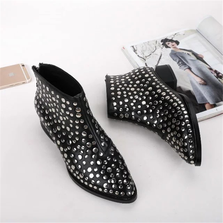 2017 Spring newest women thick soles pumps med square heels pointed-toe rivet decoration women sexy pumps studded shoes black shofoo newest women shoes med heels pointed toe pumps for woman dress