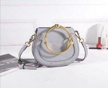 2017 Designer Echtem Leder Frauen Handtaschen Metallring Griff Taschen Mädchen Vintage Satteltasche frauen Kupplung Weiblichen körper Quer tasche