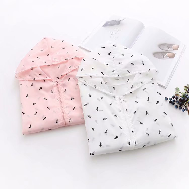 Small Fresh Fish Bone Printed Loose Girl Summer Wear New Long Sleeved Sunscreen Coat Hooded Students Sweet All-match Jacket