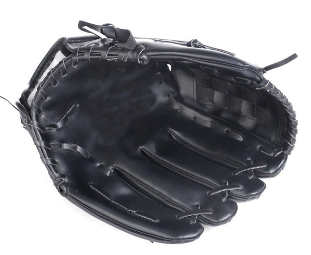 2018 high quality thickening pitcher Baseball glove Softball gloves children juvenile Adult Full payment 3