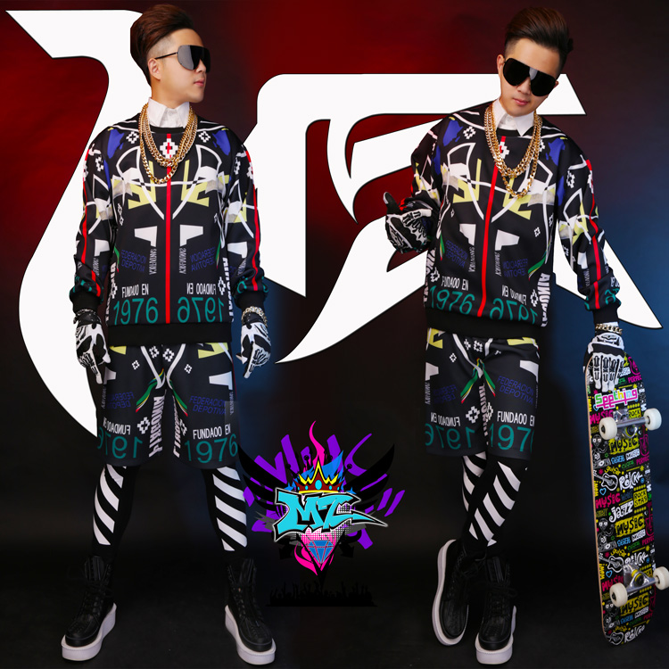 New male singer DJ with the money right Zhi-long loose black colored lines stretch cotton sweater + shorts stage costumes Suit