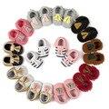 Romirus llegan nuevos mocasín bebé newbron primer caminante del bebé zapatos inferiores suaves antideslizantes zapatos de bebé de cuero niños prewalkers botas