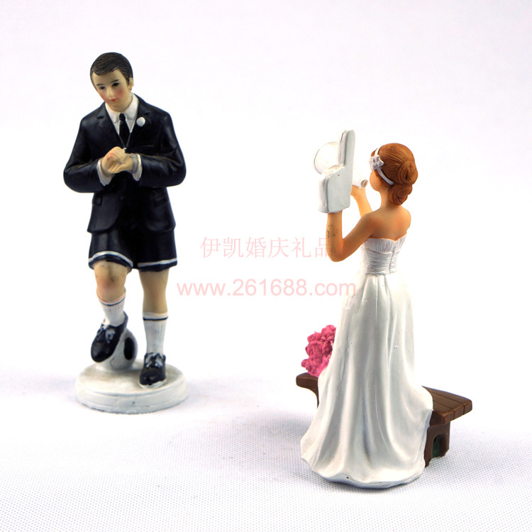 online get cheap rugby wedding cake topper alibaba group. Black Bedroom Furniture Sets. Home Design Ideas