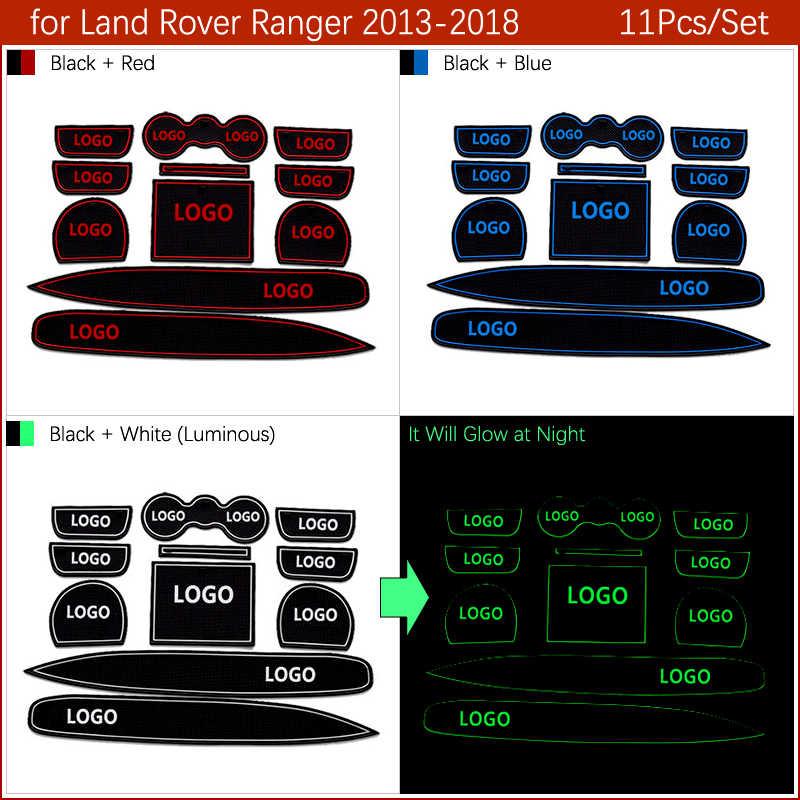 Противоскользящими резиновыми затворный слот подставка под кружку, для мы являемся профессиональным поставщиком автозапчастей для всех транспортных средств Range Rover Sport/Evoque велар (Land Rover Range Rover Discovery 4 5 LR4 LR5 2017 2018 автомобильные аксессуары наклейки