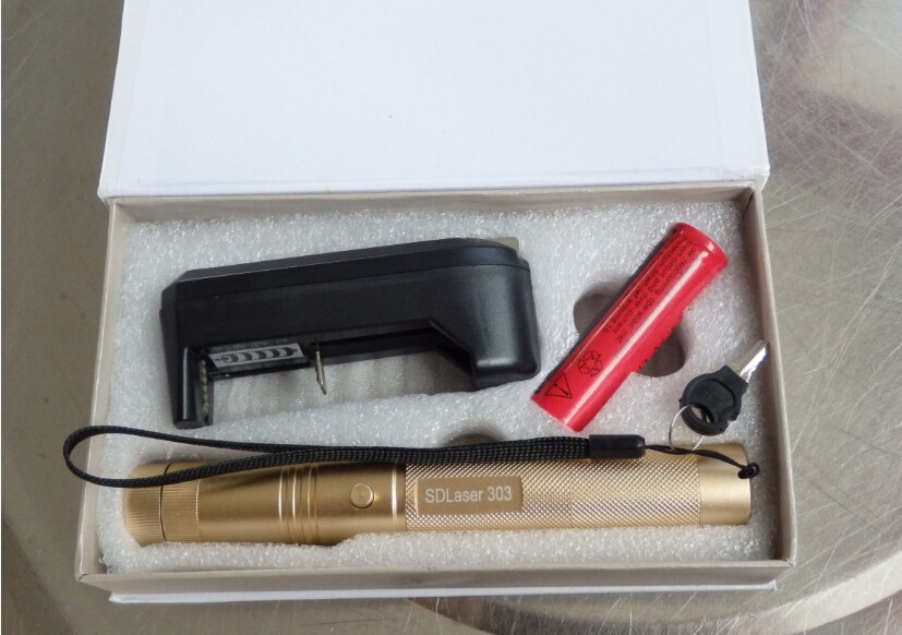 Super Powerful! military 50000m SOS flashlight green laser pointer 532nm burning match & Light burn Cigarettes+charger+gift box