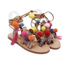 Женская обувь с открытым носком Кружева на шнуровке сандалии в греческом стиле до колена помпоном обувь в богемном стиле женские сандалии на плоской подошве