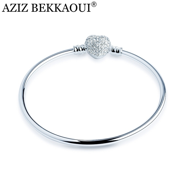 Bangle With Cubic Zirconia Heart Clasp