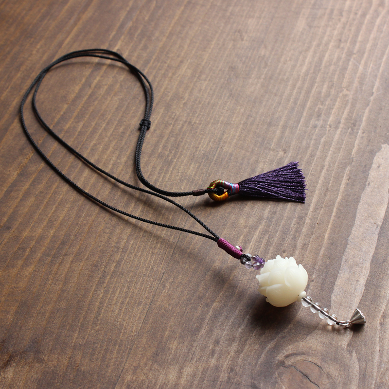 Eastisan Handcarved Natural White Bodhi Seed Flower Pendant Necklace With Elegant Tassle Handmade Unique Jewelry For Women Girl