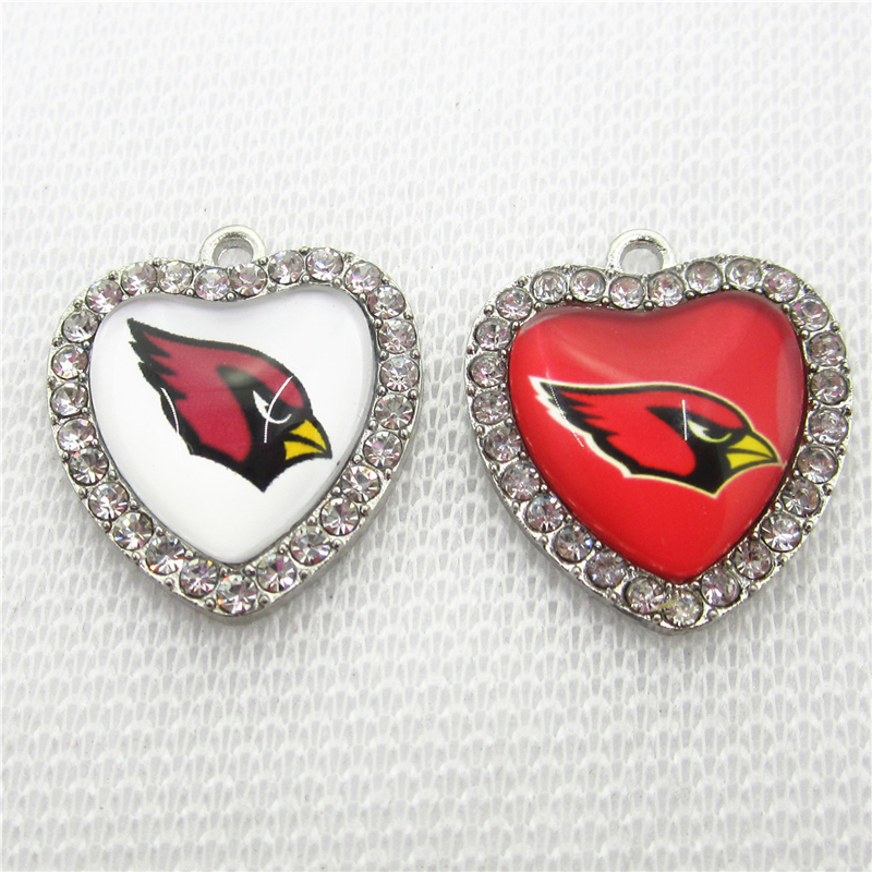20pcs Football Team Arizona Cardinals Charms Crystal Heart Sport Floating Charms DIY necklace pendant Jewelry Dangle Charms