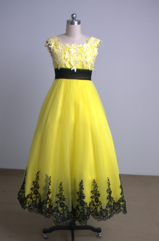 Little girl pageant party dress for wedding flower girls gold yellow little girl pageant party dress for wedding flower girls gold yellow tulle with black appliques real photos children dress in flower girl dresses from mightylinksfo
