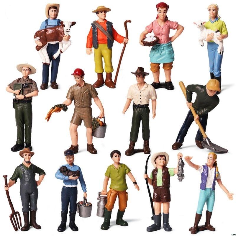 1:25 Scale Farm Human Figure Worker Model Resin Miniature 3.5in-2.8in