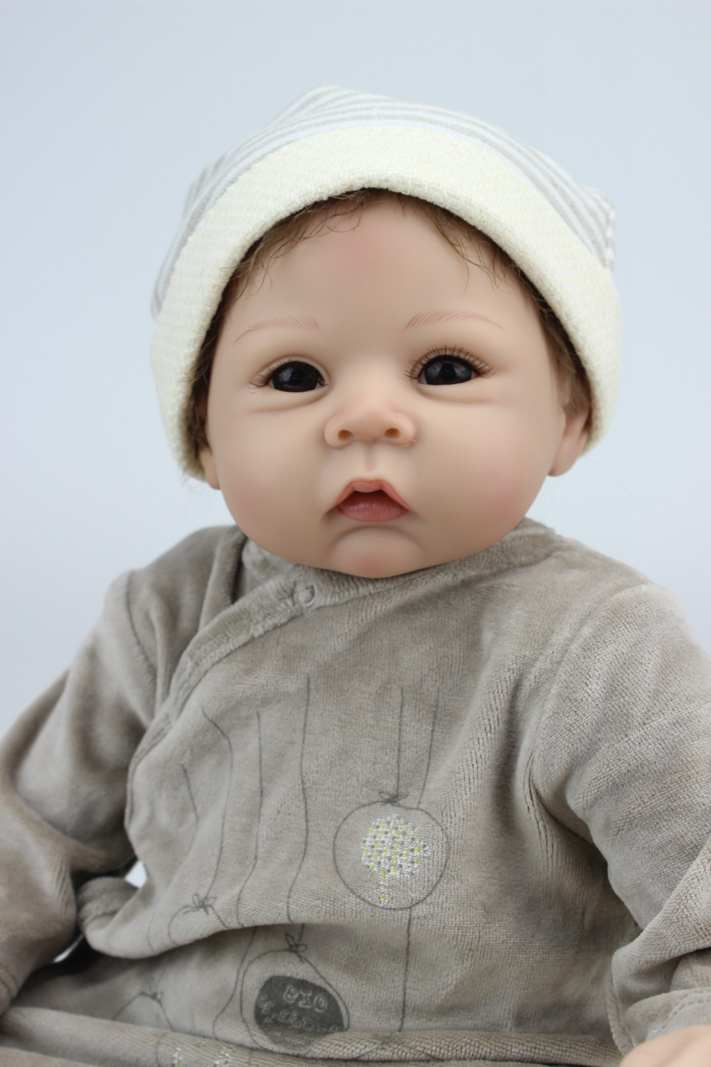 2014 NEW hot sale lifelike reborn baby doll wholesale baby dolls fashion doll Christmas gift one yaer old gift цена