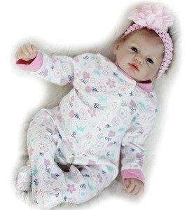 Image 3 - 뜨거운 판매 도매 소매 소녀 장난감 55cm 연약한 실리콘 Reborn 인형 놀라움 고품질 생일 선물 현실적인 비닐 Boneca