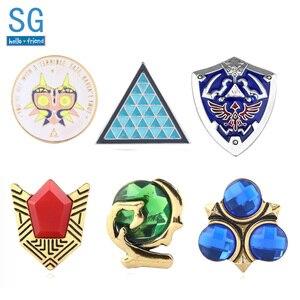 SG 20 sztuk legenda Zelda Majora niebieski trójkąt broszki Pins Triforce tarcza hyliana duchowe kamienie Lapel fani hurtownie biżuteria