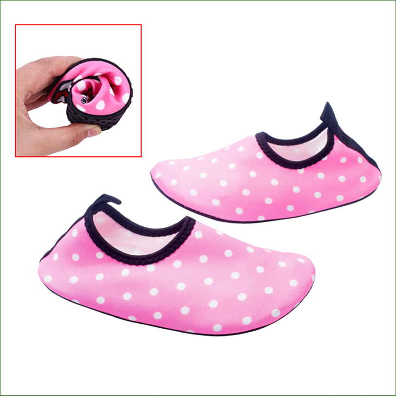 CMS01 Unisex Childrens Water Skin Shoes Kids Swimming shoes Water Shoes BAREFOOT AEROBIC VACANCE MULTI SOCKS