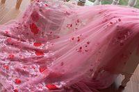 Frete grátis width133cm rosa bordado do Vintage rendas em ouro, Vestido de casamento vestido de noiva