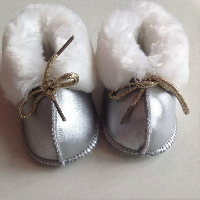 Zapatos de bebé Primeros Caminante de Cuero Caliente zapatos del caminante del bebé Recién Nacido bebé botas de Piel de Niño Niña Bebé Genio Zapatos Infantiles