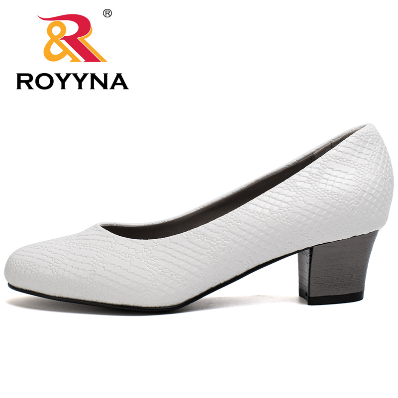 Image 4 - ROYYNA 2017 Popular Style Women Pumps Square Heels Ladies Shoes Serpentine Upper Material Women Shoes Shallow Women Casual Shoeswomen pumpswomen shoesshoes woman shoes women -