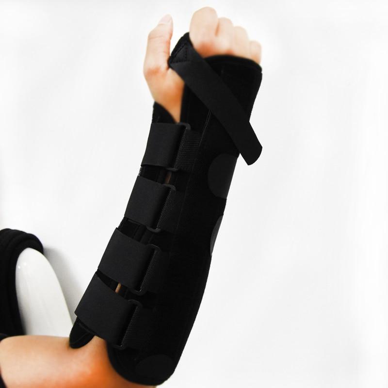 Medicinsk handledarmen stödjer armbandet Carpaltunnel Sprain Underarm Splint Protector Hyperartikulärt artikulärt frakturfixering