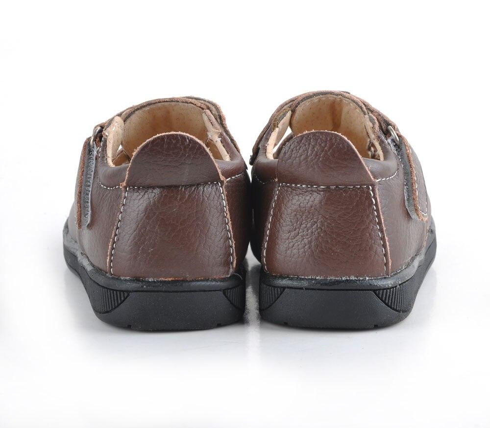 Детские сандалии; мягкая кожаная обувь; однотонные черные сандалии с закрытым носком для мальчиков; сандалии для девочек; красная натуральная кожа