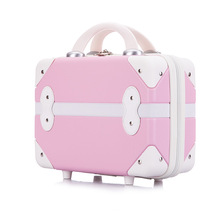 Vintage portable cosmetic case Woman Nails Makeup Tool box T