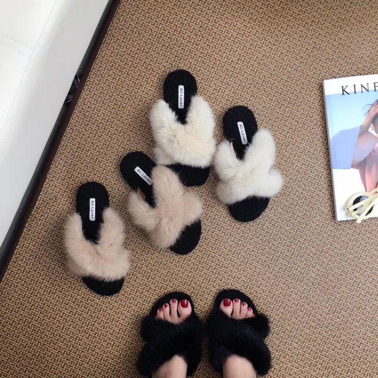 be5e4adea Women Real Fur Slippers Summer Fashion Mink Fur Furry Flat Sandal Shoes  Beach Flip Flops-in Slippers from Shoes on Aliexpress.com | Alibaba Group
