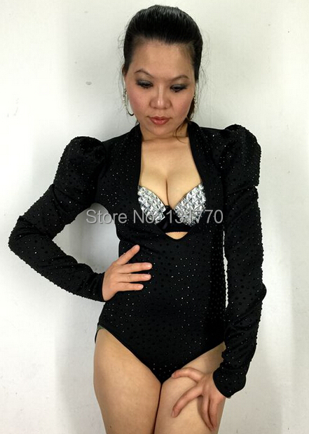 Здесь продается  2015 female new fashion black and red rivets slim long-sleeve sexy V-neck dj singer one piece costume stage performance bodysuit  Одежда и аксессуары