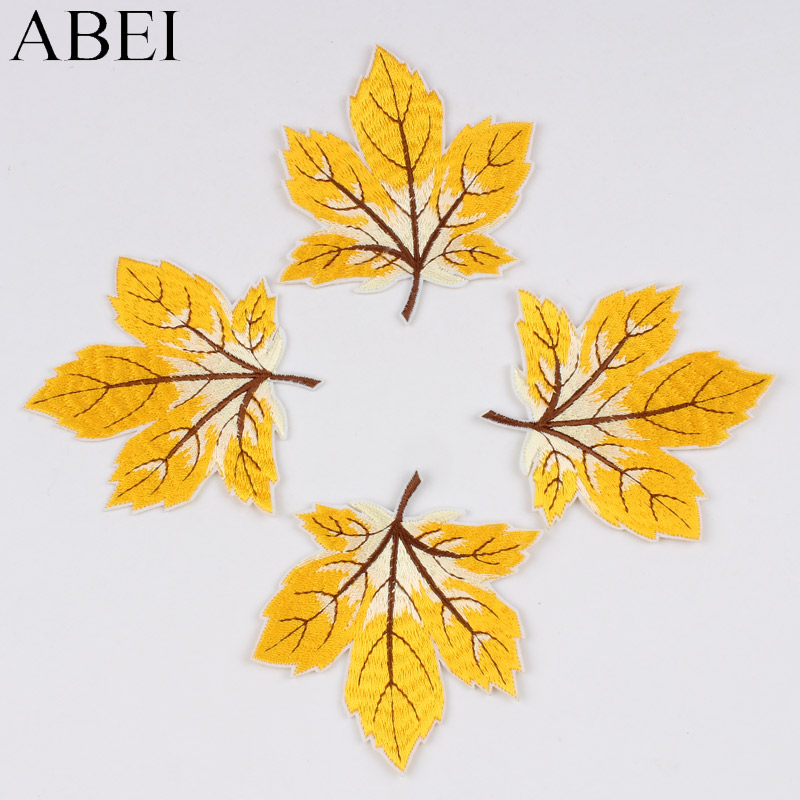 10pcs/lot Embroidered Leaves Patch Iron On Sew On Maple Stickers For Clothing Apparel Hats Repair DIY Fabric Appliques Badge