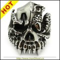Men Silver PRIATE Rings Stainless Steel Rock Alien Monster Teeth Horrible Skull Ring Gothic Jewely 60D