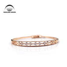 MADALENA SARARA AAAA Zircon Inlaid  Bracelet Gold Tone Copper Knotbow Style Women Jewelry Luxury Easy Open