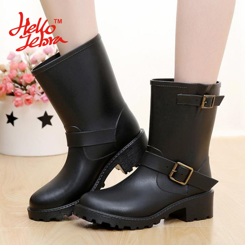 Hellozebra Women Rain Boots Ladies Fashion shoes Mid-Calf Solid Colors Heel Waterproof Charm Rainboots 2016 New Fashion Design double buckle cross straps mid calf boots