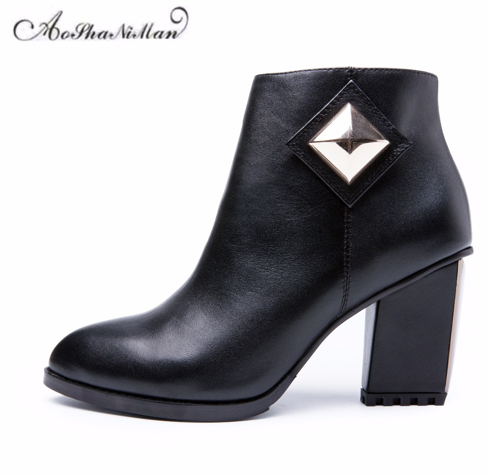 Autumn winter women ankle boots genuine leather middle heels boots ladies 2017 fashion pointed toe zipper dress shoes  34-41